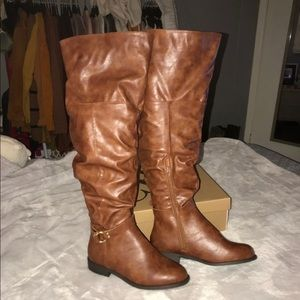 Charlotte Russe knee high boots size 8 W
